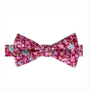 Other - Bow tie Tuesday pre tied floral
